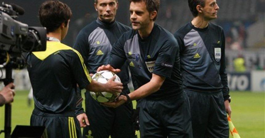 Curtinha: UEFA anuncia italiano Nicola Rizzoli para apitar a segunda partida da semi-final entre Chelsea e Atlético de Madrid