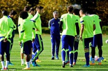 Colunas: A flexibilidade tática do Chelsea de José Mourinho