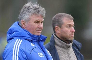 Guus Hiddink confirma negociações para assumir comando técnico do Chelsea