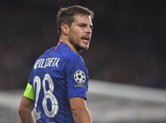 Azpilicueta atuou no Osassuna. Em conclusão, outros três atletas do Chelsea atuaram no futebol espanhol.